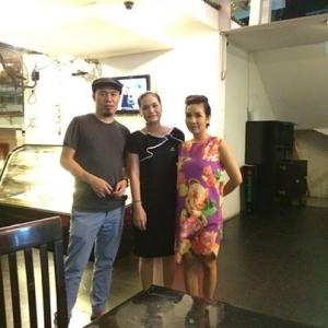 Cùng ca sĩ Mỹ Linh và nhạc sĩ Huy Tuấn ghé thăm nhà hàng Hồng Hải